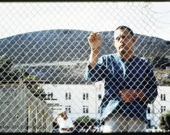Un viaggio fotografico negli orrori di Leros