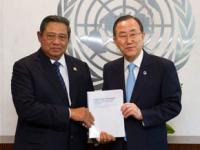 Ban Ki-moon con Susilo Bambang Yudhoyono, co-chair del panel